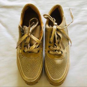 NWOB Orthopedic Shoes